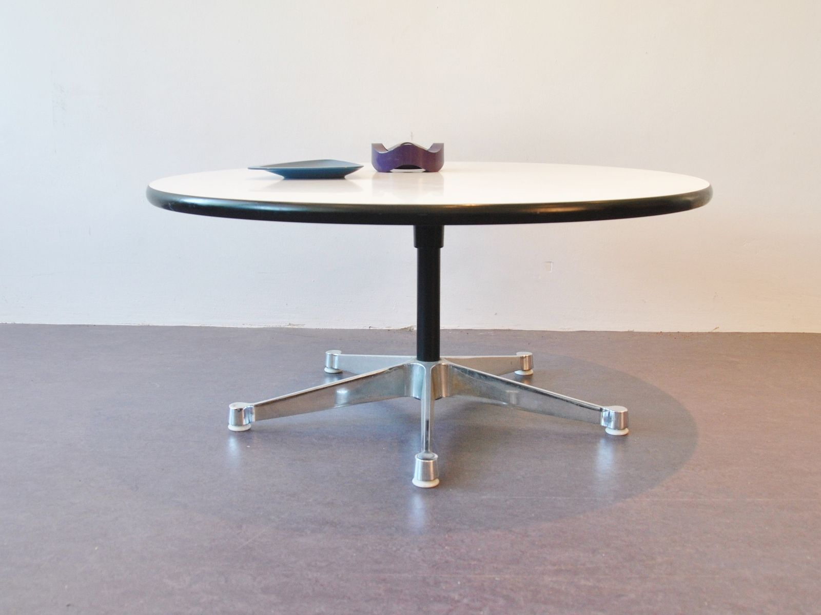 5 Star Contract Base Aluminum Group Coffee Table By George Nelson For Herman Miller For Sale At