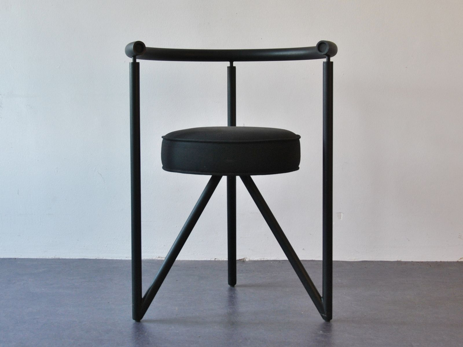 miss dorn dining chairs by philippe starck set of 4 for sale at pamono. Black Bedroom Furniture Sets. Home Design Ideas