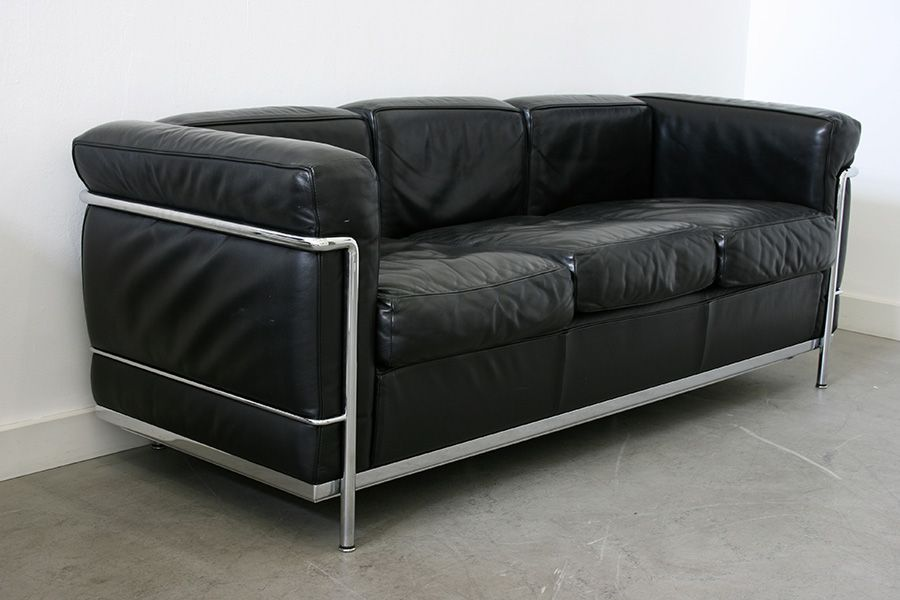 lc2 3 sitzer sofa von le corbusier f r cassina 1920er bei pamono kaufen. Black Bedroom Furniture Sets. Home Design Ideas