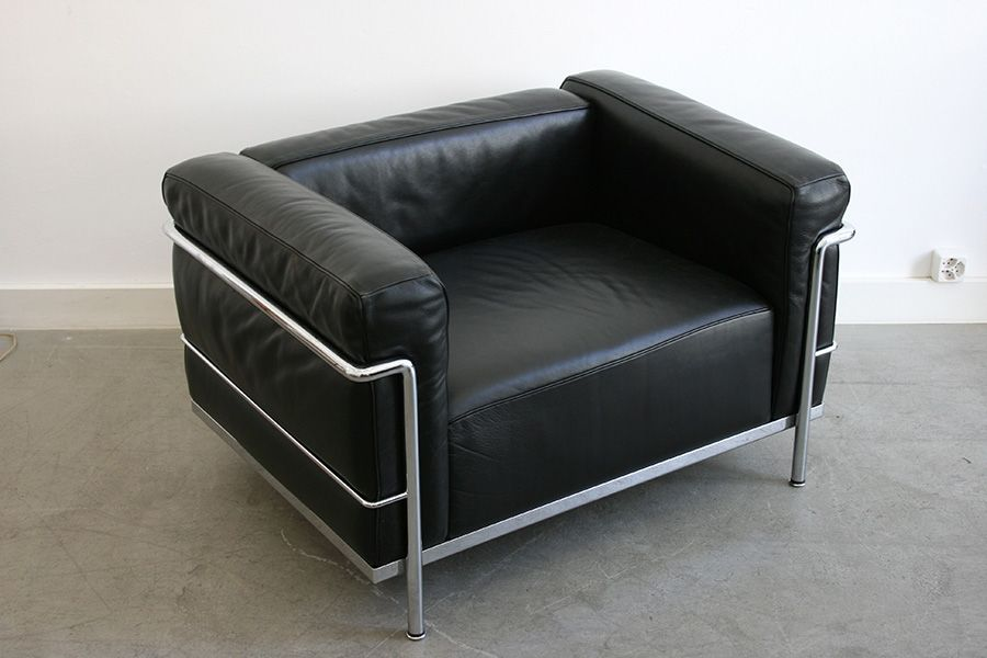 lc3 armchair by le corbusier for cassina for sale at pamono. Black Bedroom Furniture Sets. Home Design Ideas