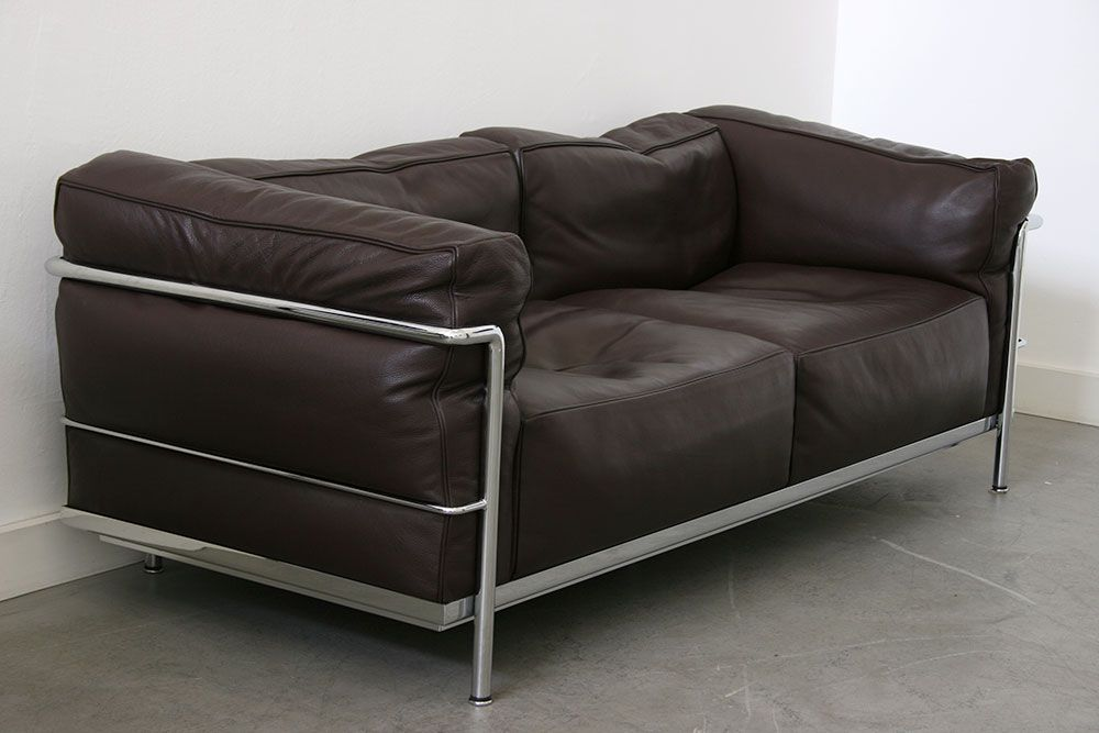 Lc3 2 seater sofa by le corbusier for cassina for sale at for Le canape maker