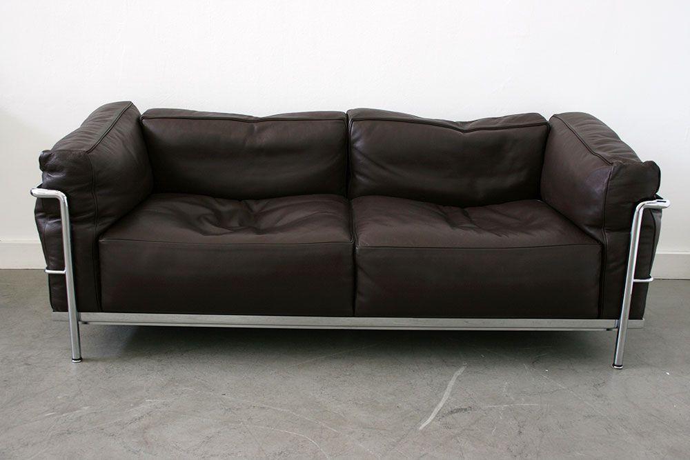 canap deux places lc3 par le corbusier pour cassina en vente sur pamono. Black Bedroom Furniture Sets. Home Design Ideas
