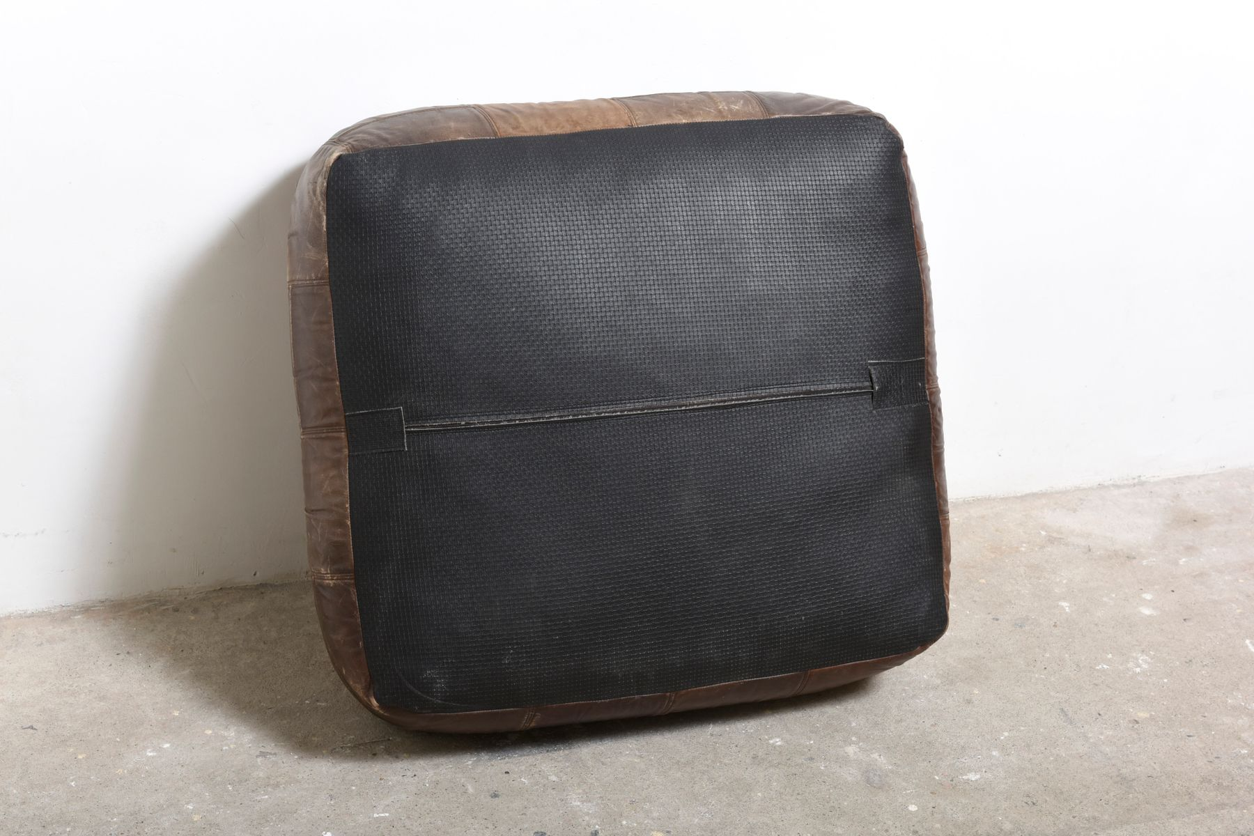 mid century patchwork ottomane aus leder von de sede 1976. Black Bedroom Furniture Sets. Home Design Ideas