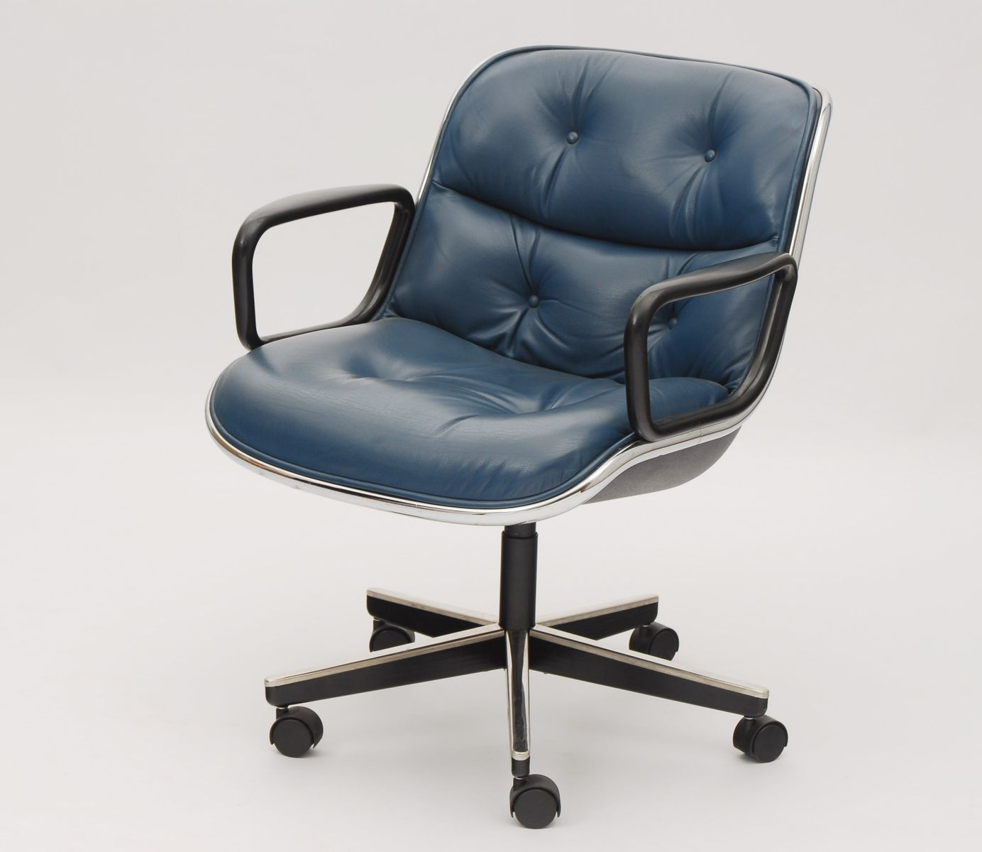 office chair by charles pollock for knoll international for sale at