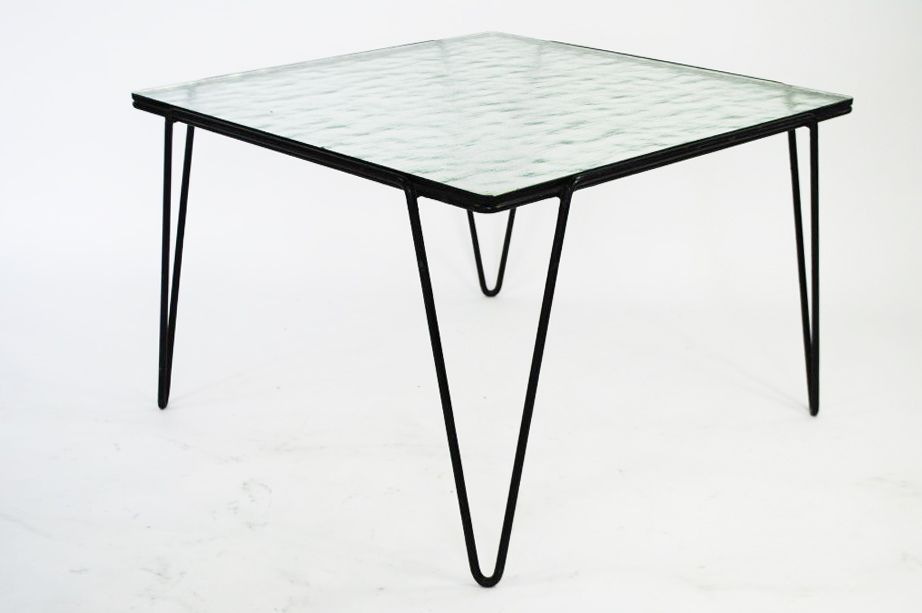 couchtisch glas und metall inspirierendes. Black Bedroom Furniture Sets. Home Design Ideas