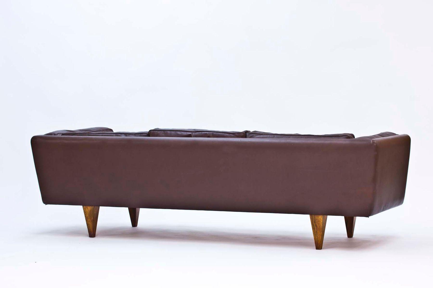v11 sofa von illum wikkels 1960er bei pamono kaufen. Black Bedroom Furniture Sets. Home Design Ideas