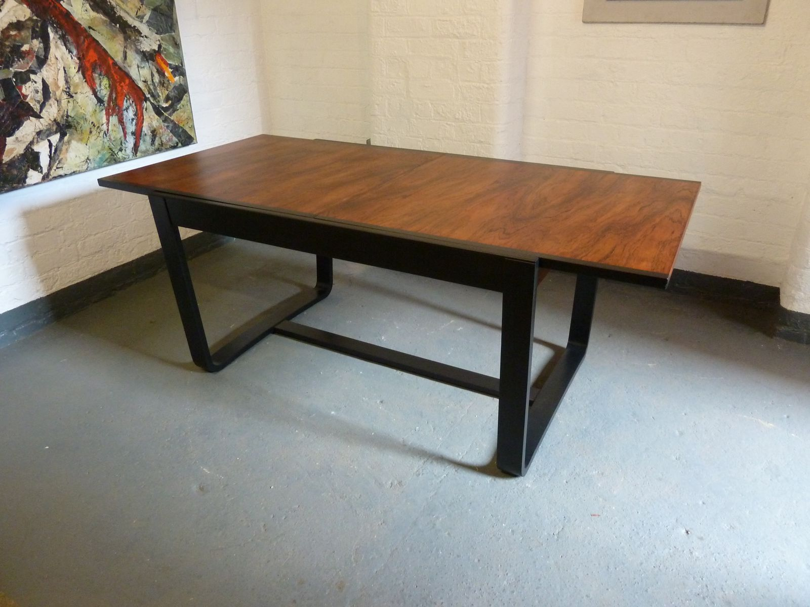 Extending Dining Table With A Set Of 6 Leather Chairs From
