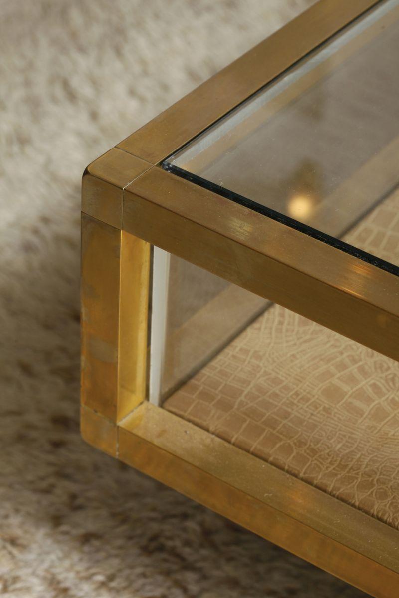 cocktail vitrinentisch aus messing bei pamono kaufen. Black Bedroom Furniture Sets. Home Design Ideas