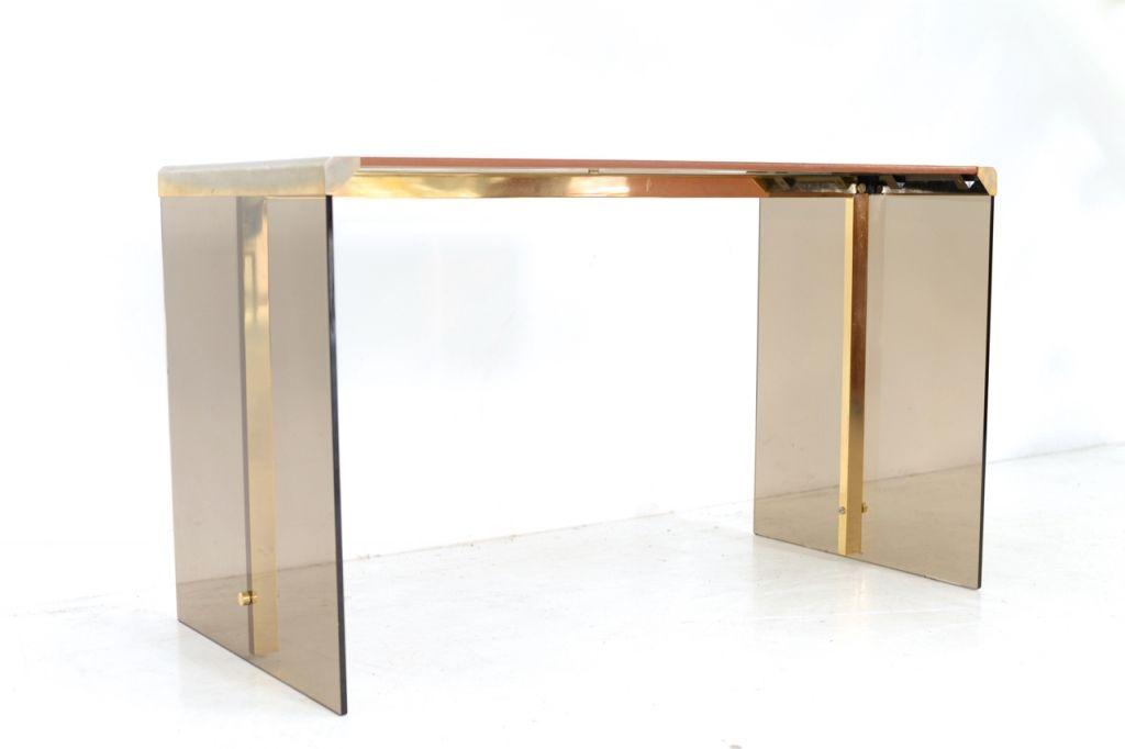 glas messing schreibtisch von piereangelo galotti f r. Black Bedroom Furniture Sets. Home Design Ideas