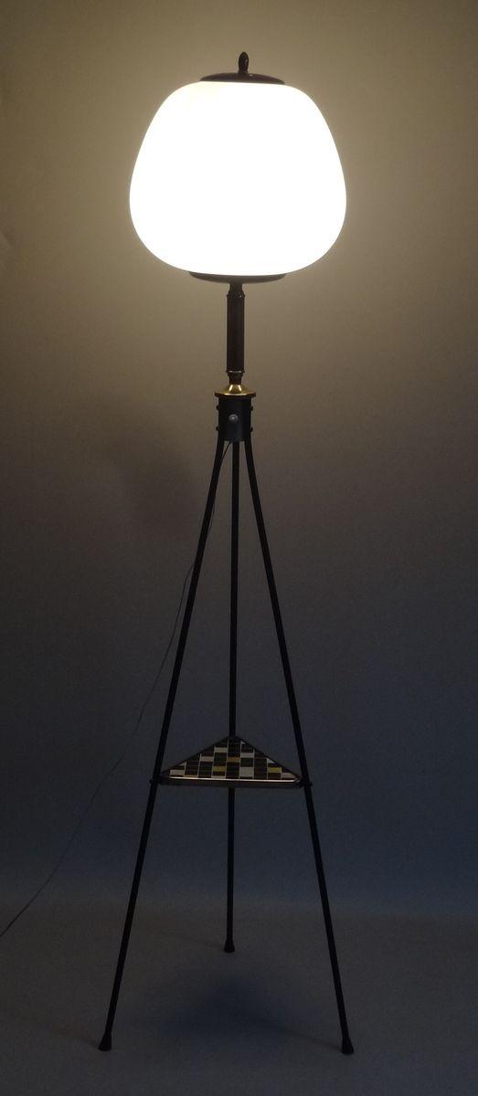 dreibeinige italienische stehlampe 1950er bei pamono kaufen. Black Bedroom Furniture Sets. Home Design Ideas