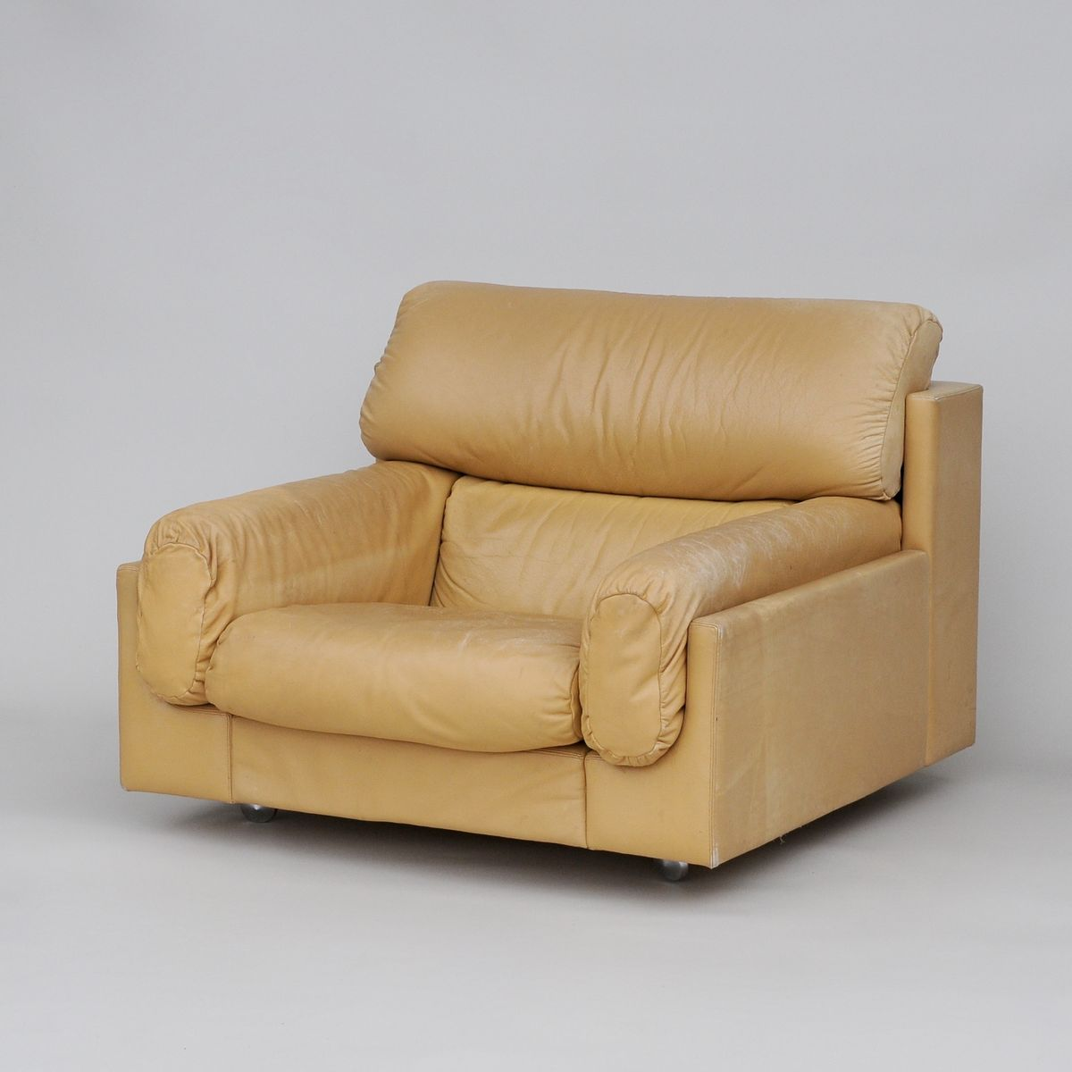 Large cream colored vintage leather armchair for sale at for Large armchair