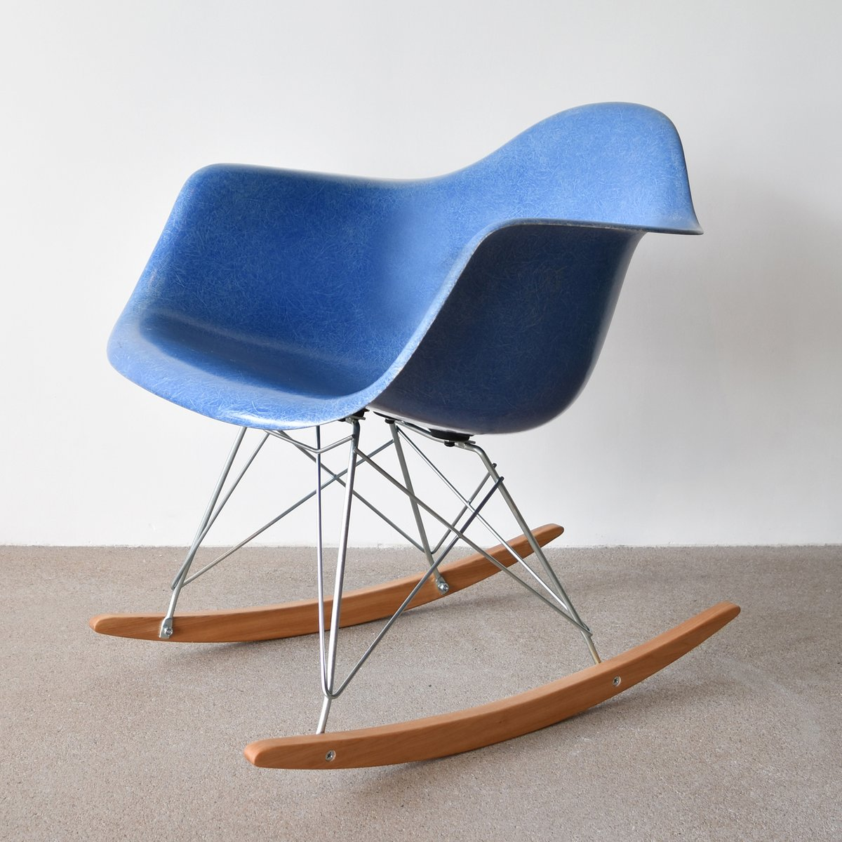 vintage rar chair in blue by charles and ray eames for herman miller for sale at pamono. Black Bedroom Furniture Sets. Home Design Ideas