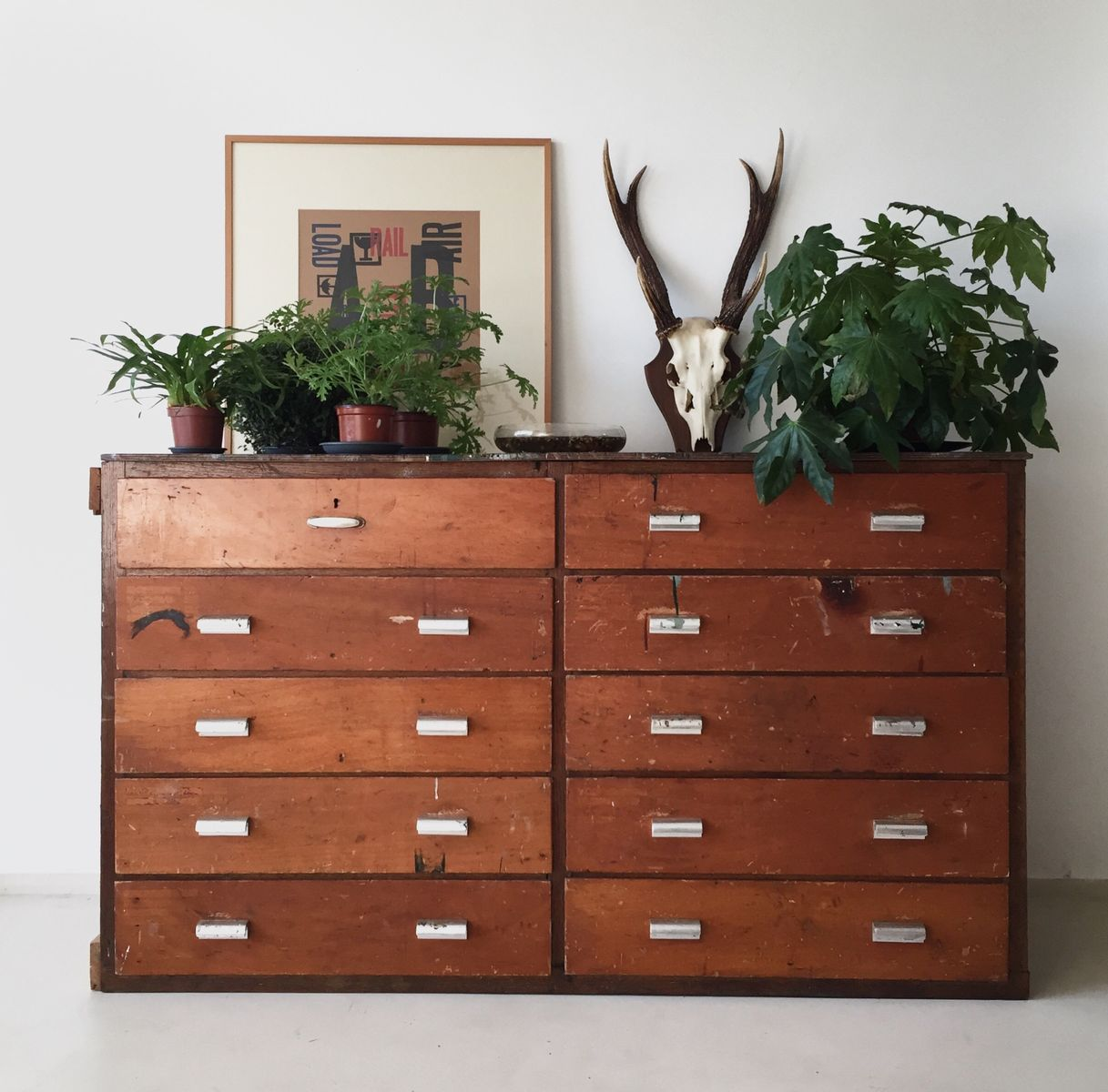 commode tiroirs industrielle pays bas en vente sur pamono. Black Bedroom Furniture Sets. Home Design Ideas