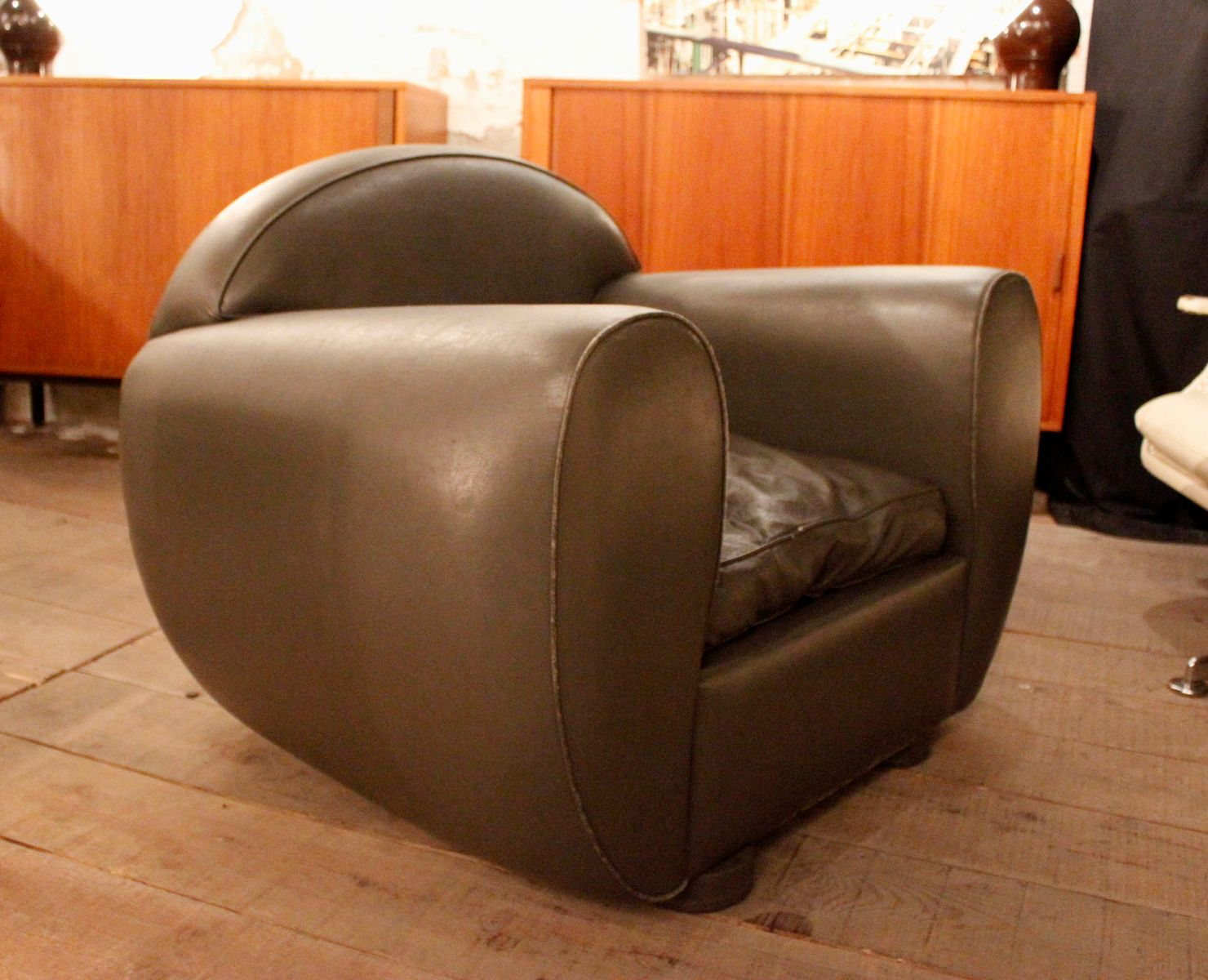 Grey Leather Lounge Chair for sale at Pamono