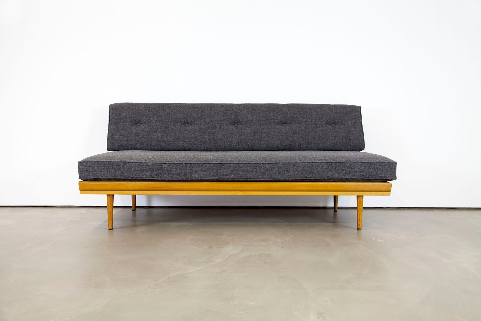 modernes mid century sofa 1950er bei pamono kaufen. Black Bedroom Furniture Sets. Home Design Ideas