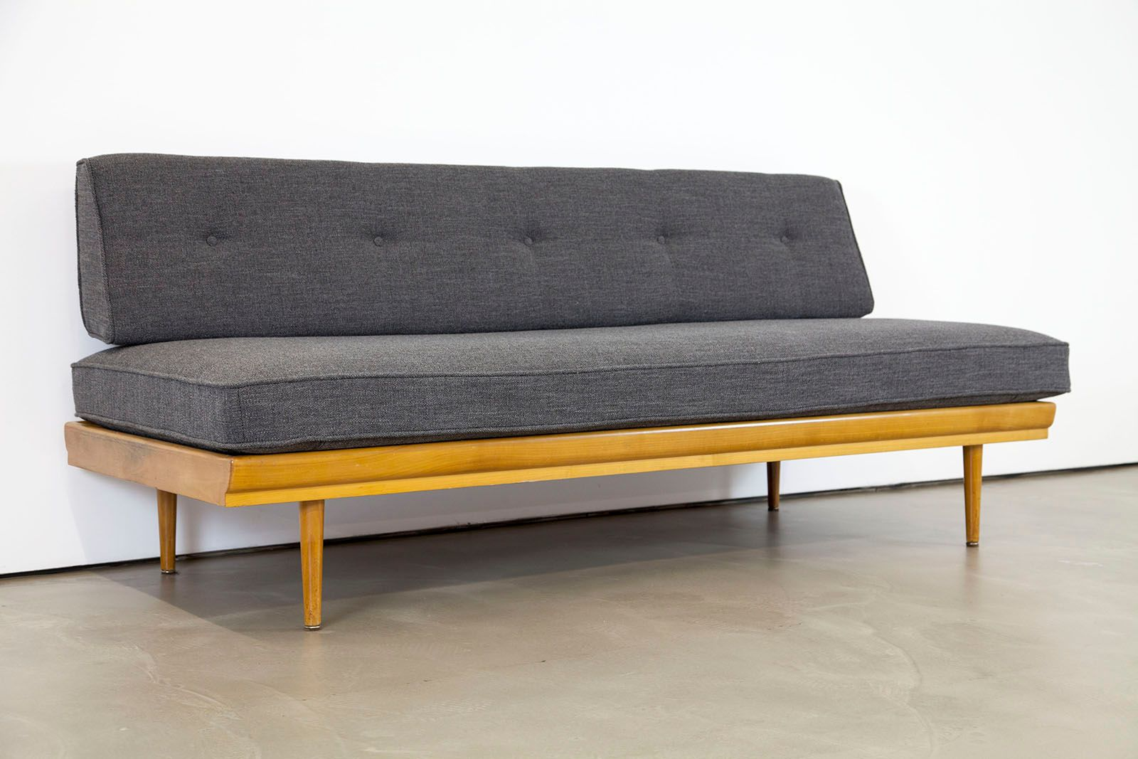 Mid century modern sofa 1950s for sale at pamono for Modern sofas for sale