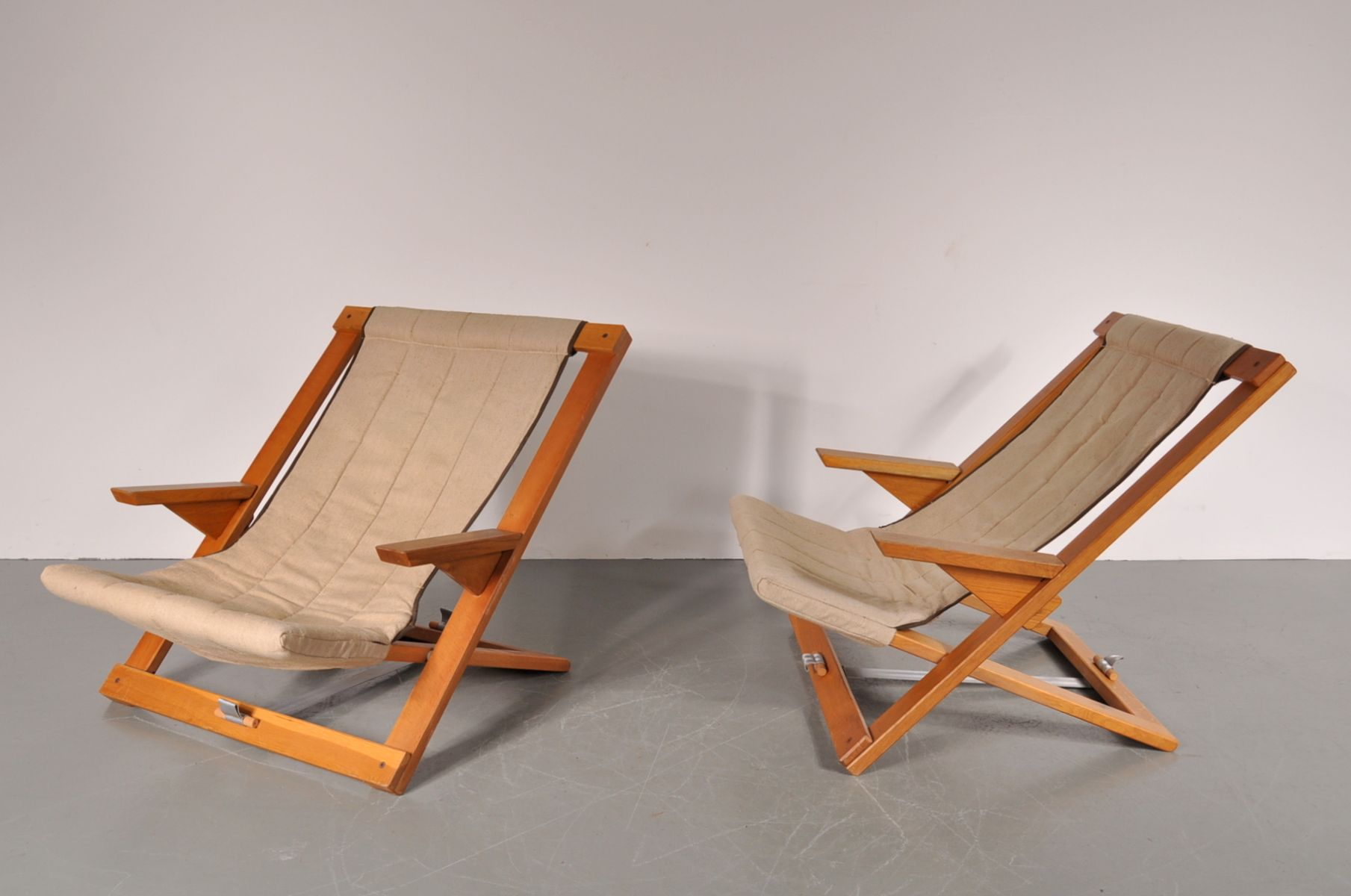 Vintage Beech and Canvas Folding Chairs Set of 2 for sale at Pamono