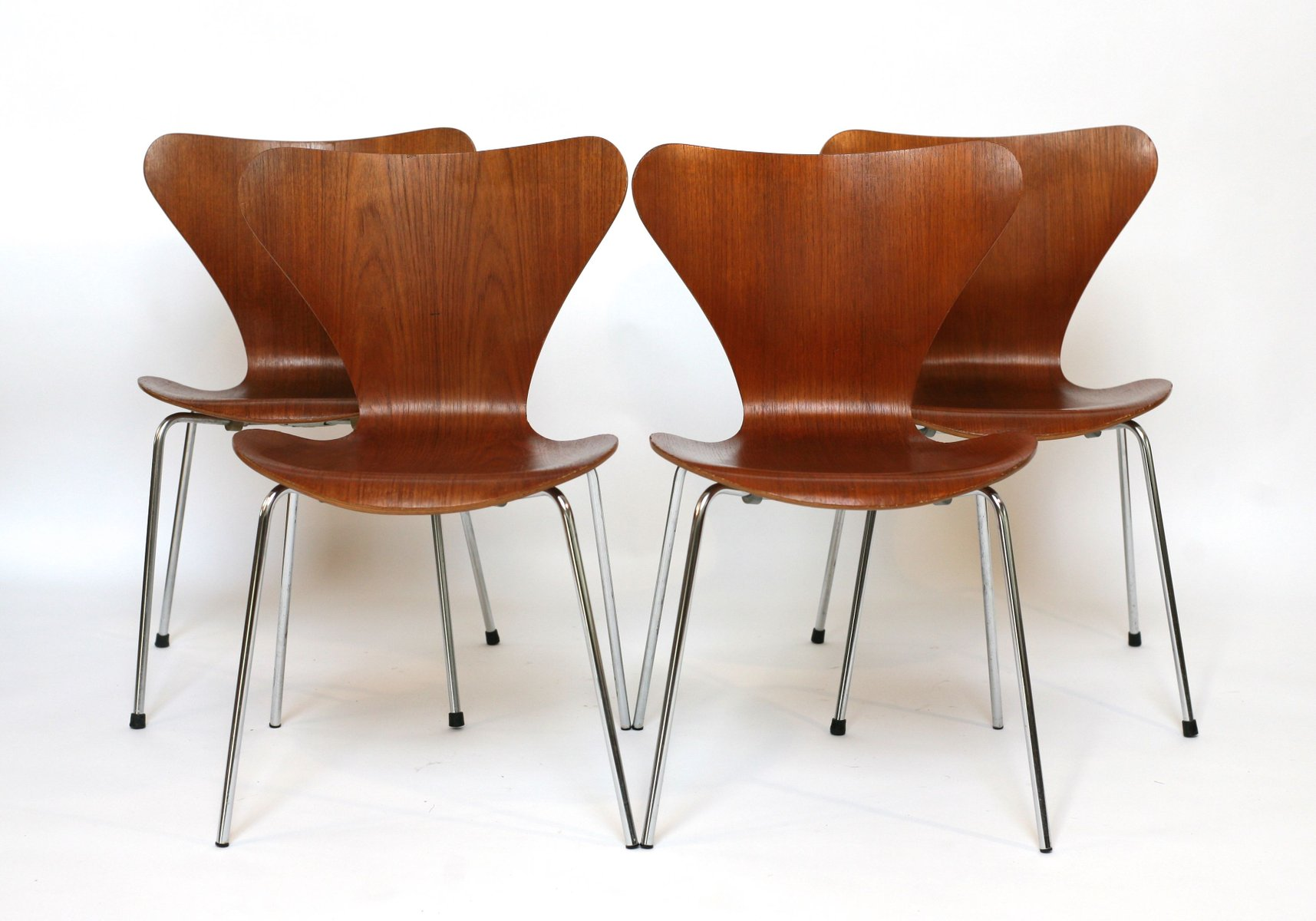 vintage teak st hle von arne jacobsen f r fritz hansen. Black Bedroom Furniture Sets. Home Design Ideas