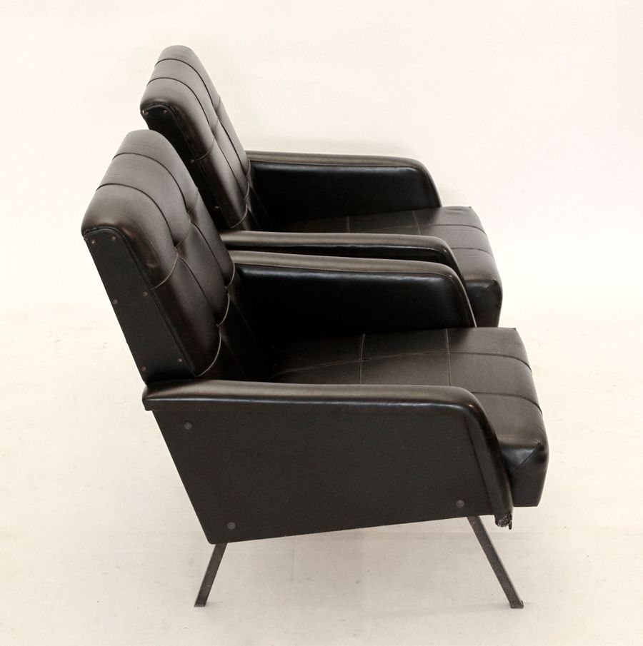 italienische midcentury sessel 1950er 2er set bei pamono kaufen. Black Bedroom Furniture Sets. Home Design Ideas