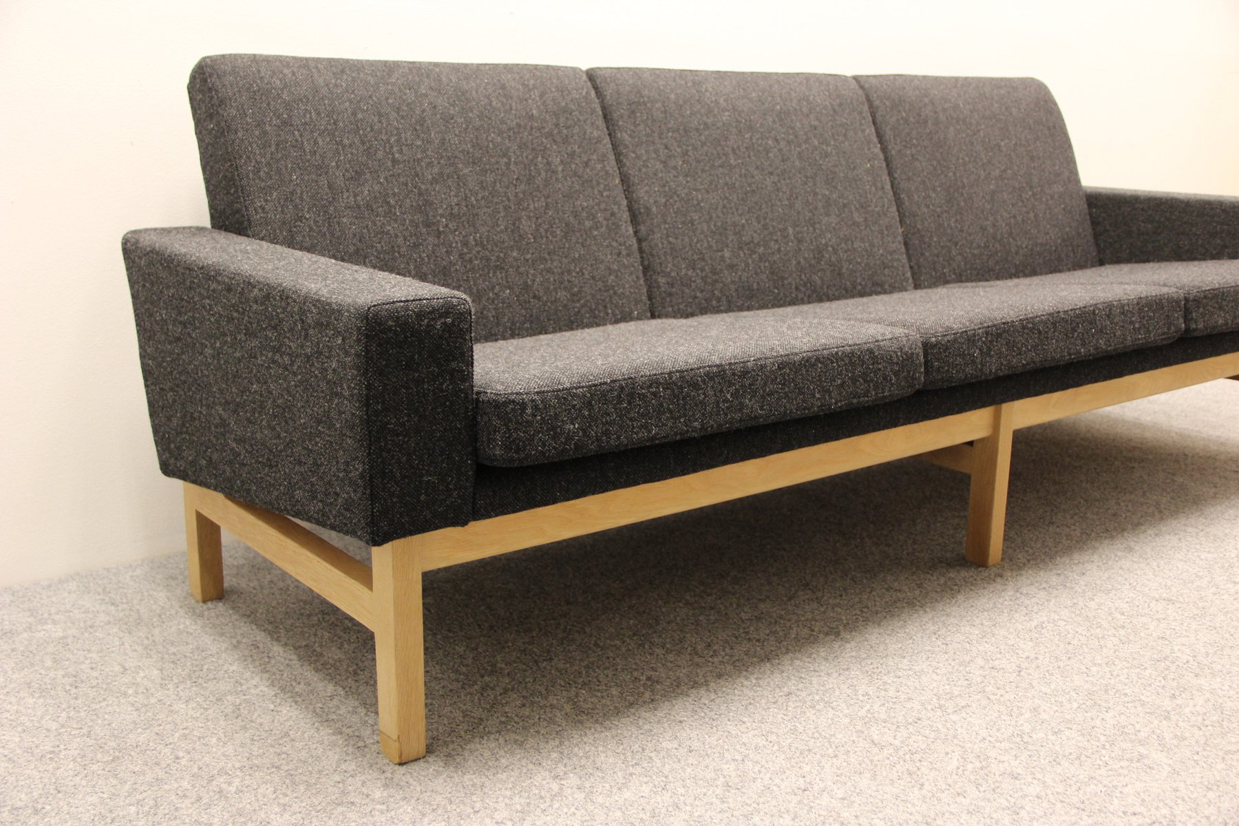 ap34 sofa by hans j wegner for a p stolen for sale at pamono. Black Bedroom Furniture Sets. Home Design Ideas