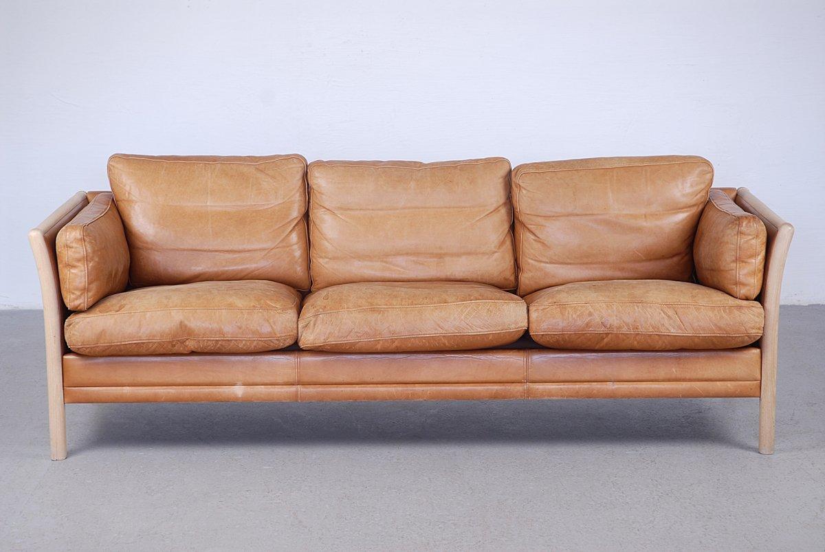 Leder 3 Sitzer Sofa Mit Holzgestell 1960er Bei Pamono Kaufen