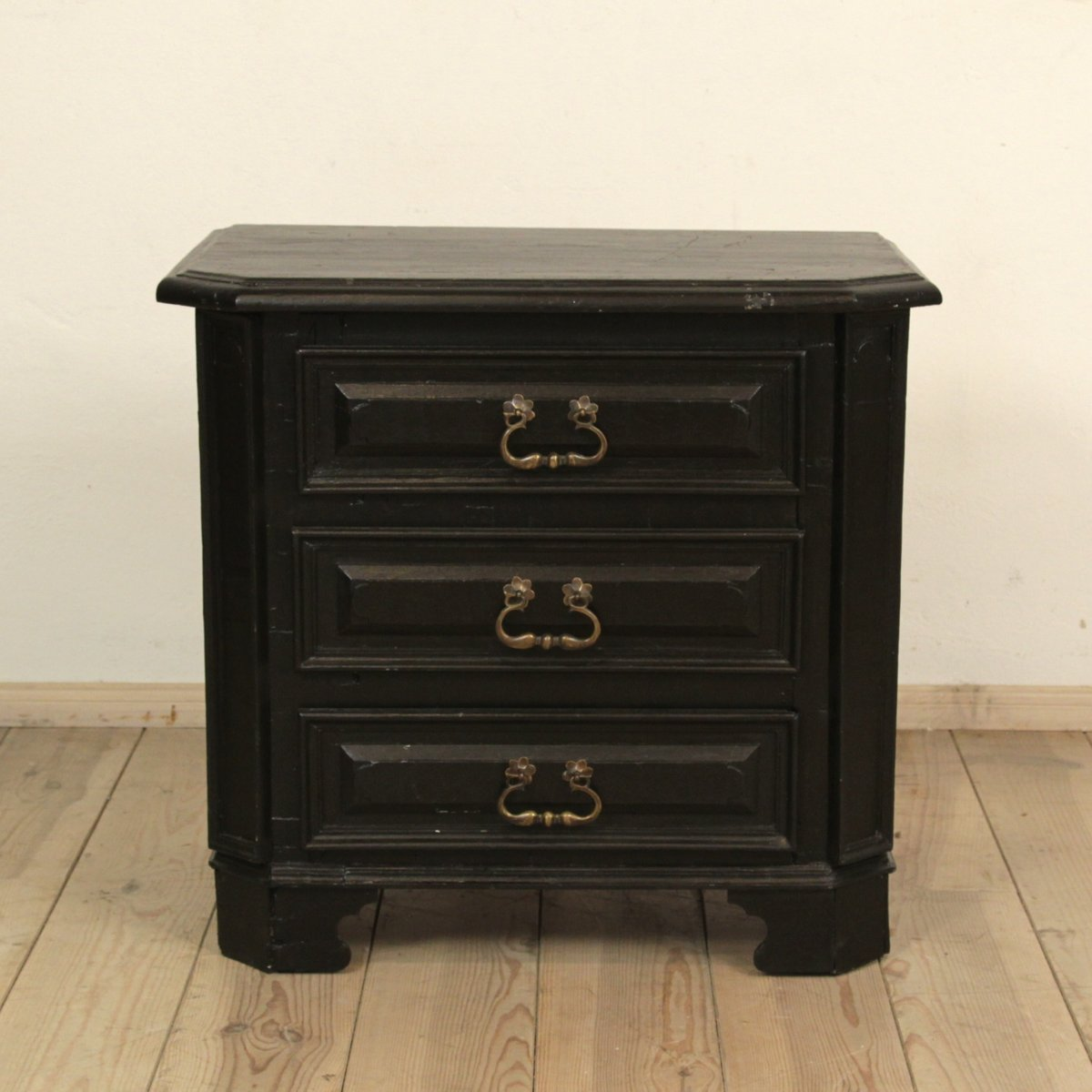 Vintage Wooden Chest ~ Small antique black lacquered wooden chest for sale