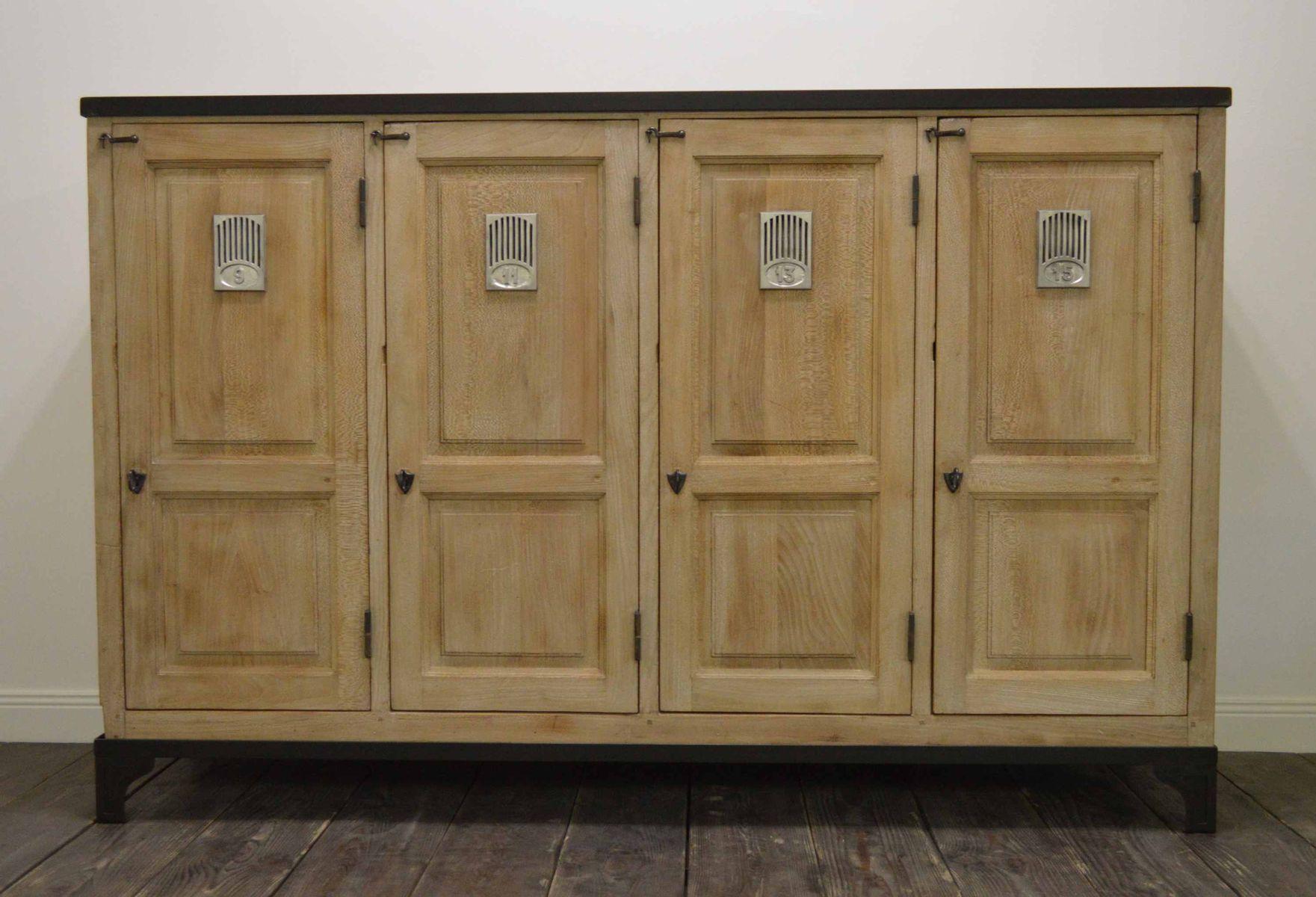 penderie vintage en bois de h tre france en vente sur pamono. Black Bedroom Furniture Sets. Home Design Ideas