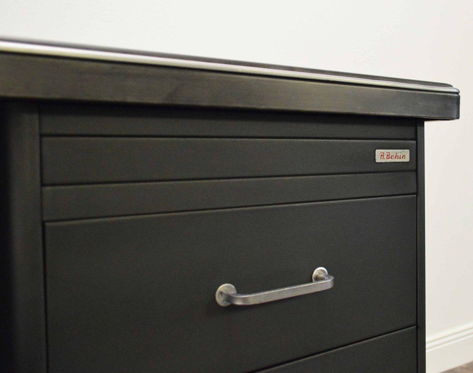 industrieller stahl schreibtisch von behin bei pamono kaufen. Black Bedroom Furniture Sets. Home Design Ideas