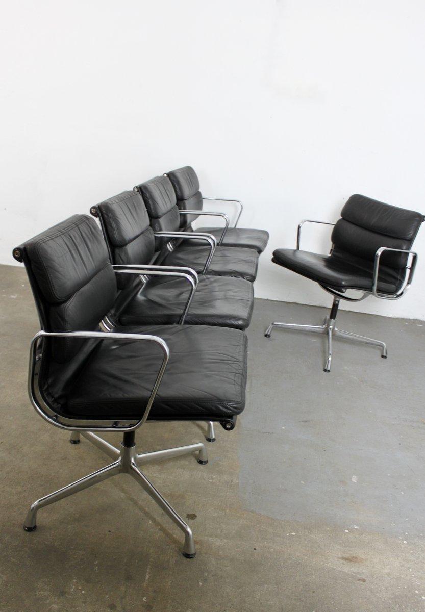 ea207 b rostuhl von charles ray eames f r vitra bei pamono kaufen. Black Bedroom Furniture Sets. Home Design Ideas