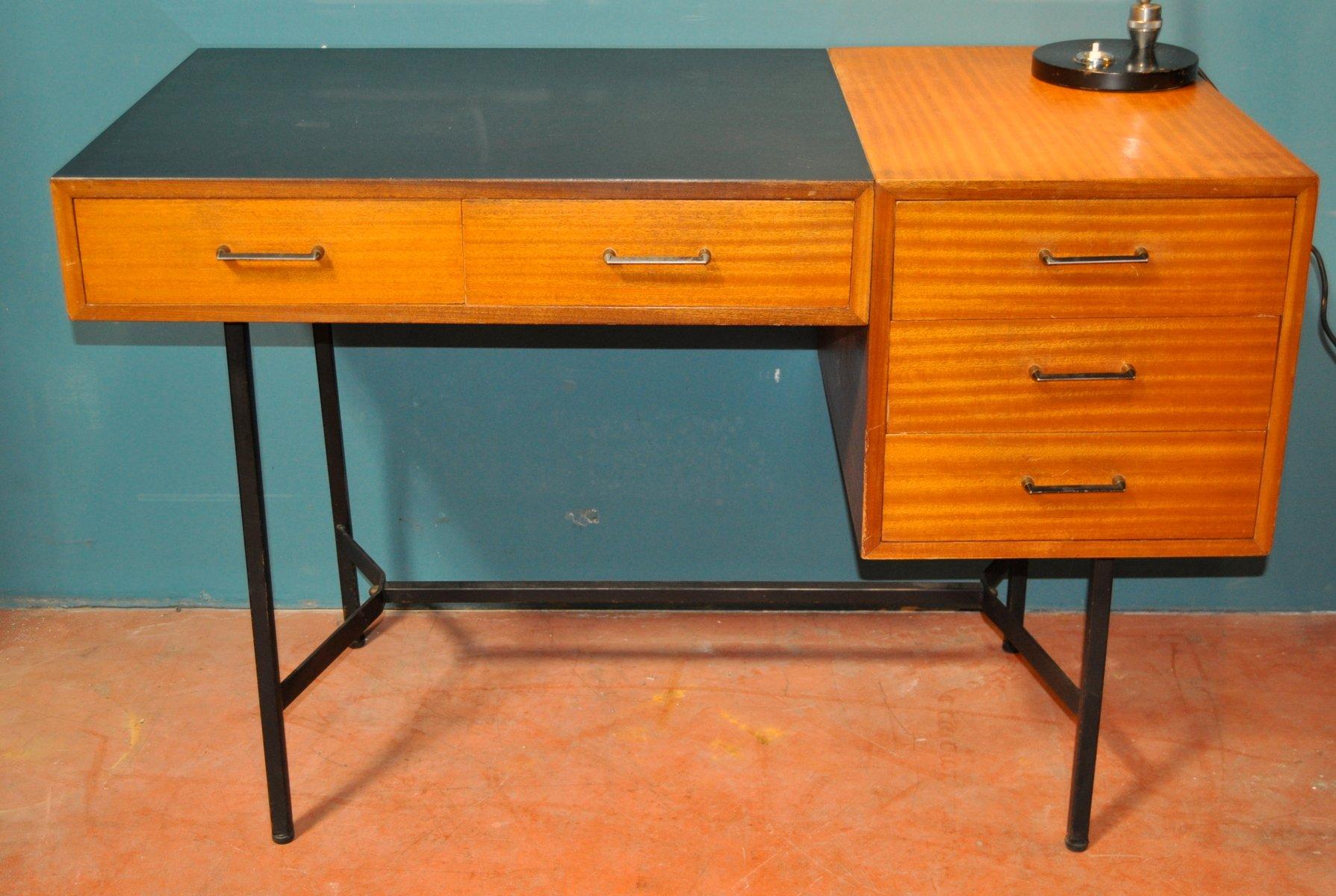 franz scher vintage schreibtisch aus holz und eisen bei. Black Bedroom Furniture Sets. Home Design Ideas