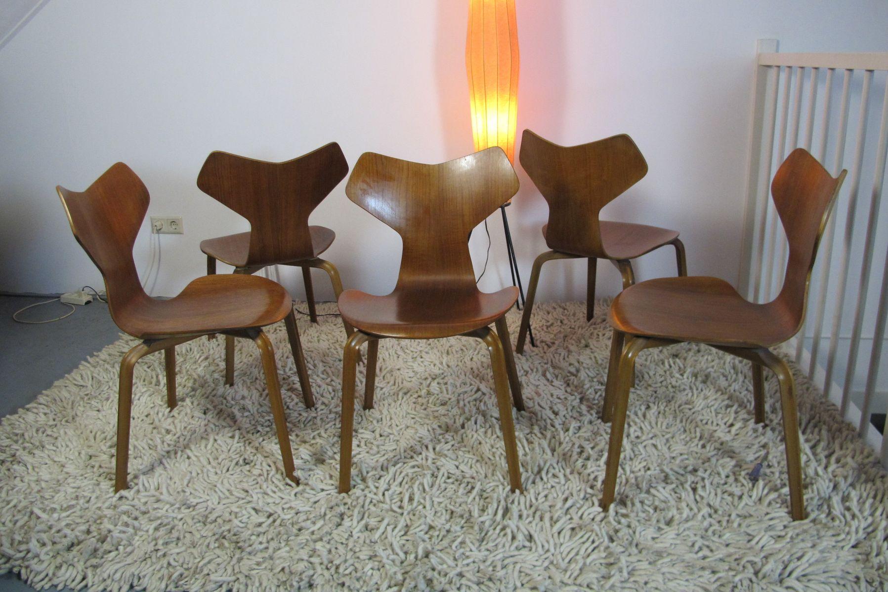 grand prix st hle von arne jacobsen f r fritz hansen 5er set bei pamono kaufen. Black Bedroom Furniture Sets. Home Design Ideas