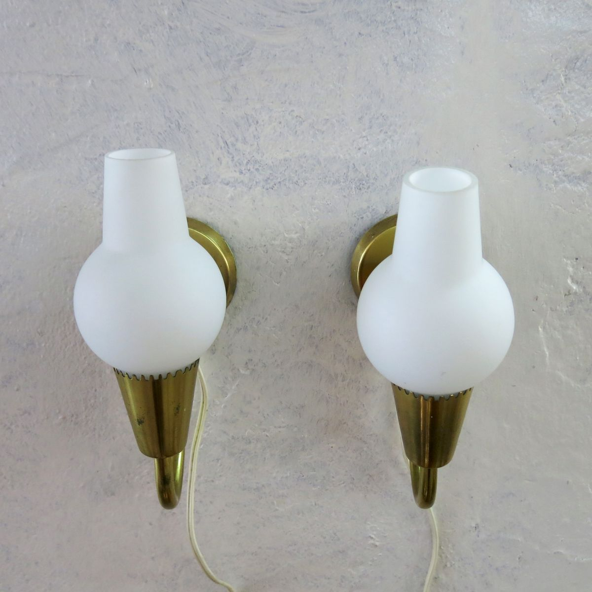 Vintage Danish Opaline Wall Lights, Set of 2 for sale at Pamono