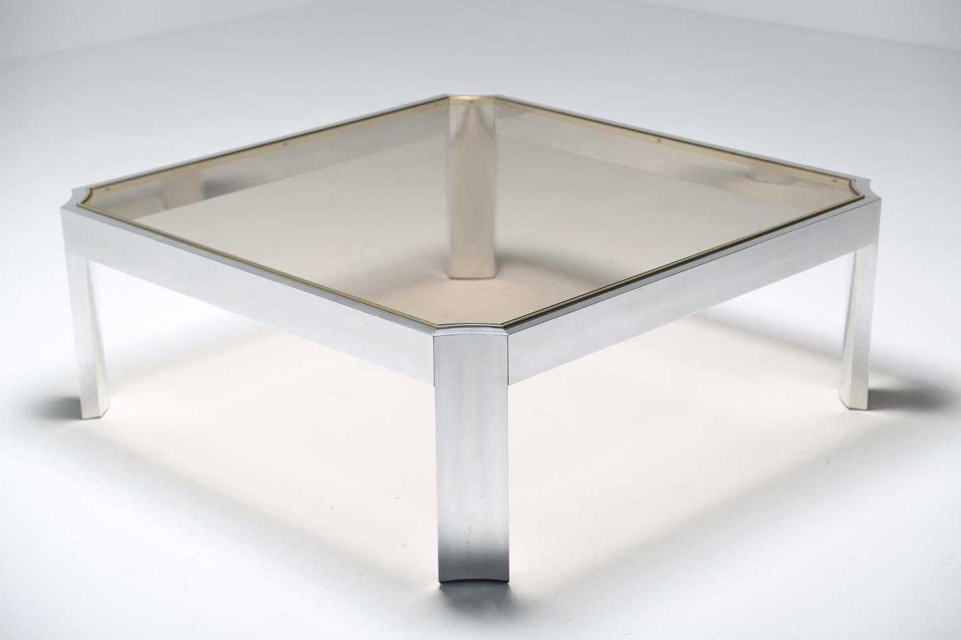 table basse mid century en verre avec socle en aluminium en vente sur pamono. Black Bedroom Furniture Sets. Home Design Ideas