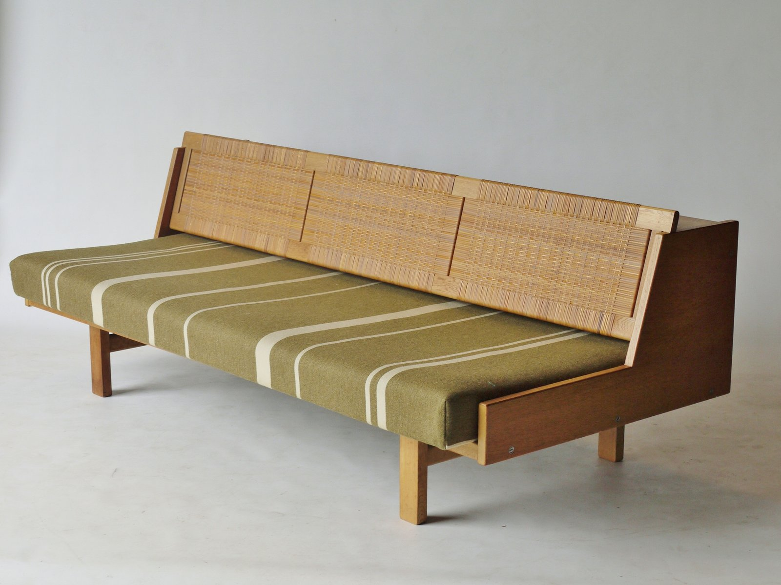 Ge 258 Sofa Bed By Hans Wegner For Getama 1950s For Sale