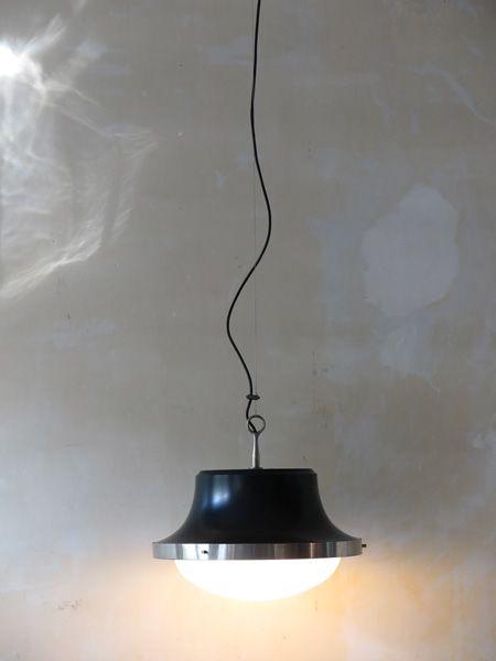 modell tau h ngelampe von sergio mazza f r artemide bei pamono kaufen. Black Bedroom Furniture Sets. Home Design Ideas