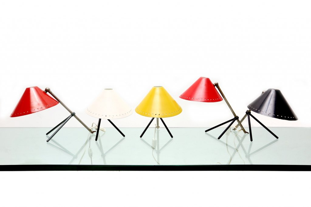 lampe de bureau pinocchio jaune par h th j a busquet pour. Black Bedroom Furniture Sets. Home Design Ideas