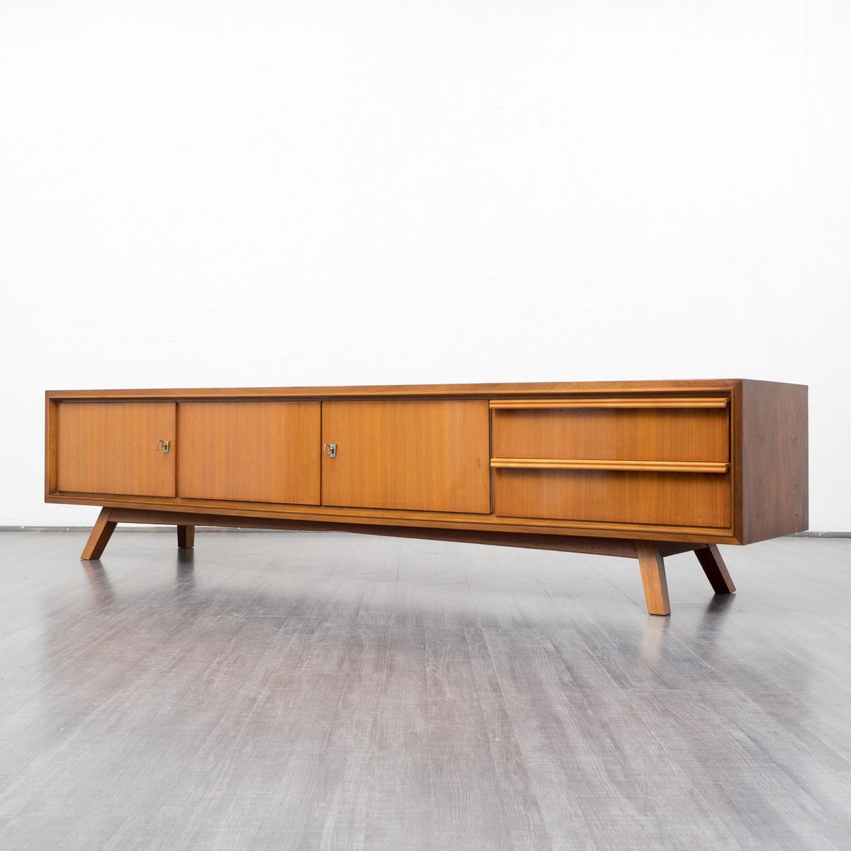 vintage walnut lowboard for sale at pamono. Black Bedroom Furniture Sets. Home Design Ideas