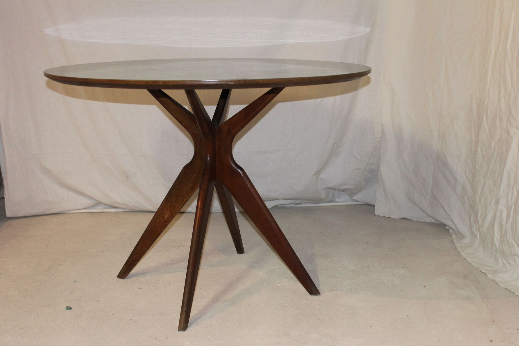 Italian vintage gueridon table for sale at pamono for 11 table
