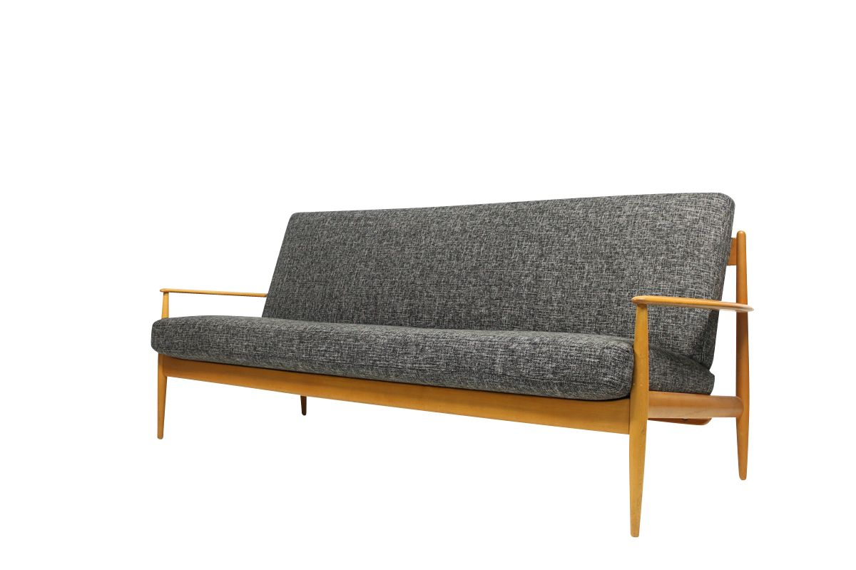 d nisches buchenholz sofa von grete jalk f r france s n bei pamono kaufen. Black Bedroom Furniture Sets. Home Design Ideas