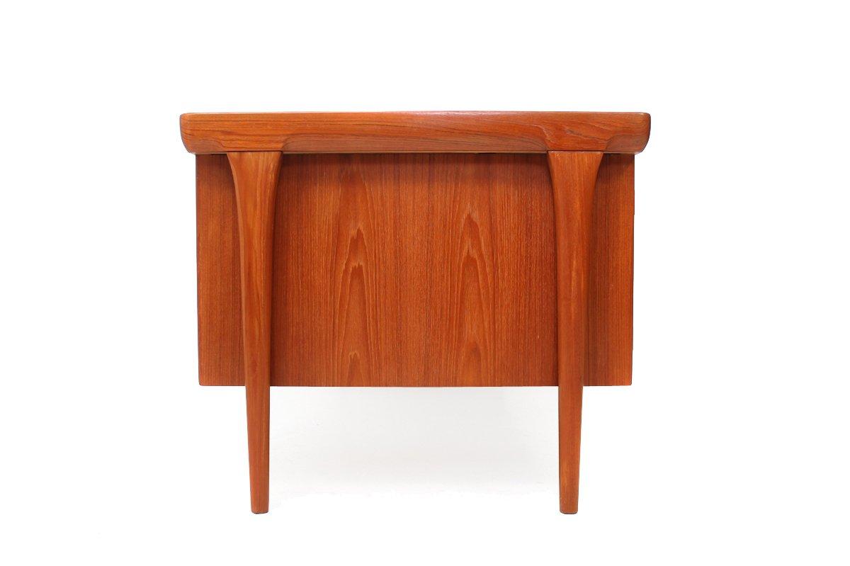 teak schreibtisch von ib kofod larsen f r faarup. Black Bedroom Furniture Sets. Home Design Ideas