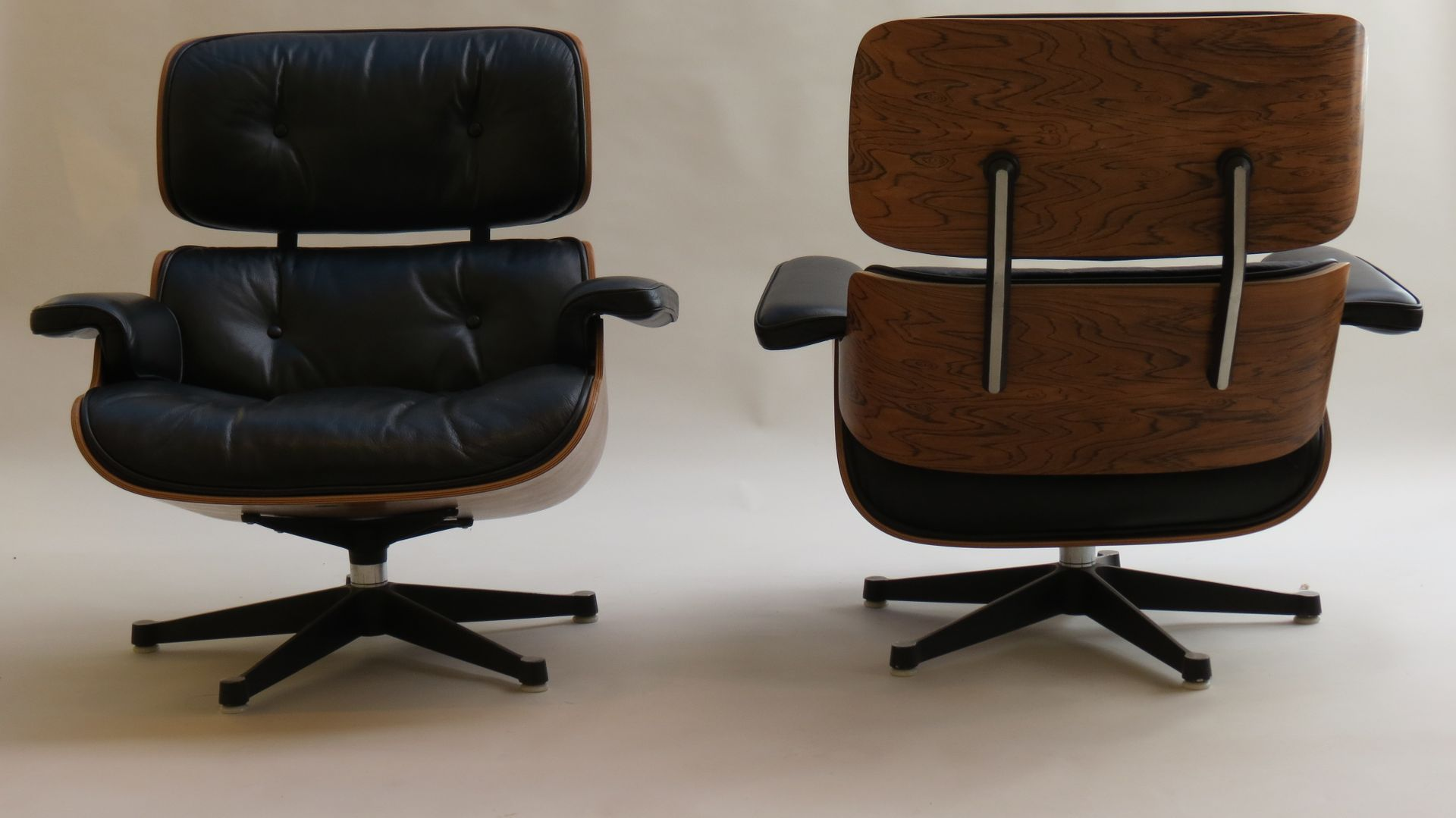 Lounge chairs 670 and ottoman 671 set by charles ray for Mobilier international eames