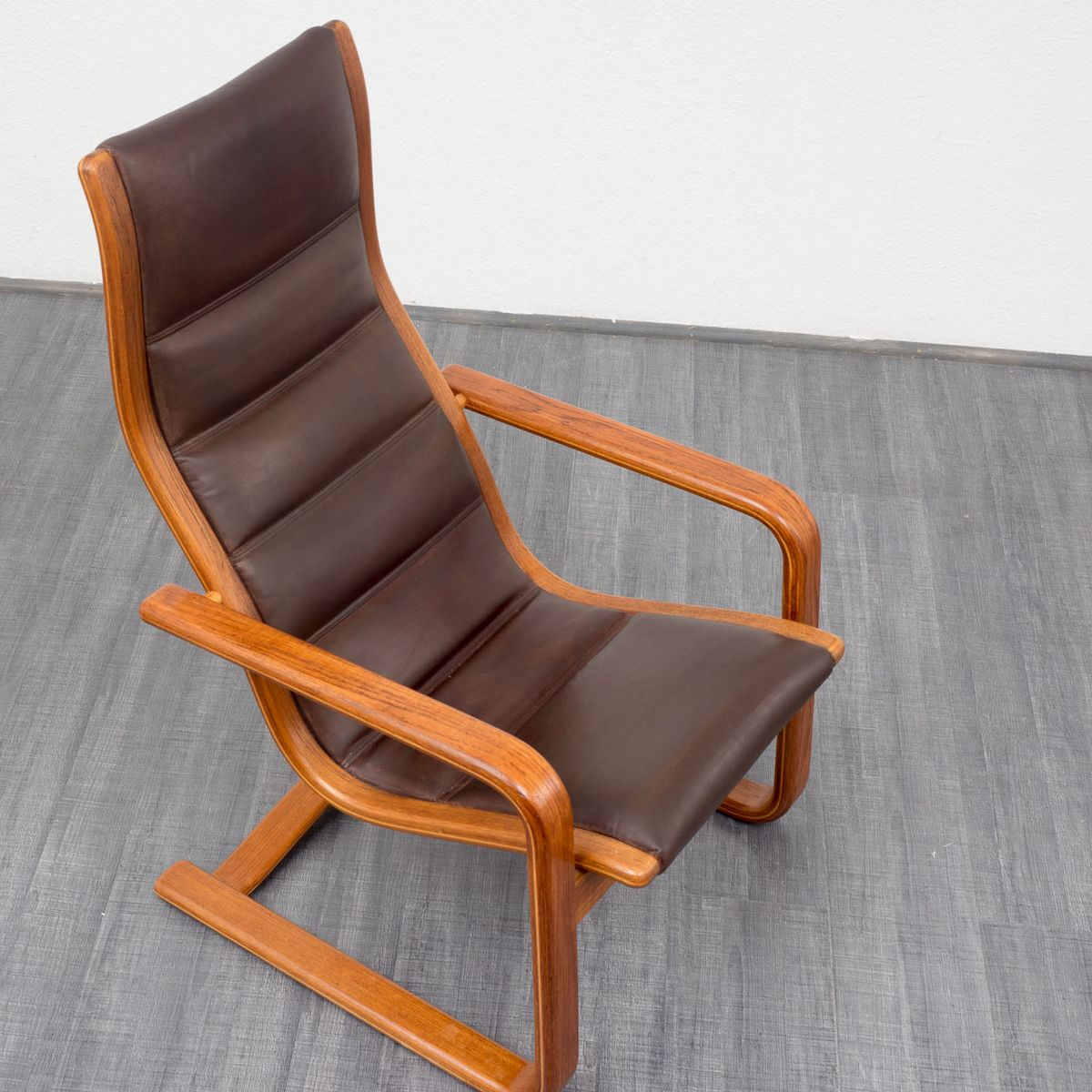 Lamello Lounge Chair with Footstool by Ingve Ekström for Swedese for sale at Pa