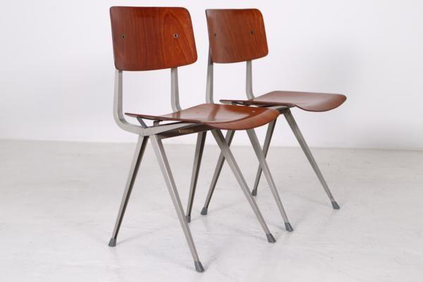 st hle aus holz und metall von friso kramer f r ahrend de cirkel 1965 2er set bei pamono kaufen. Black Bedroom Furniture Sets. Home Design Ideas
