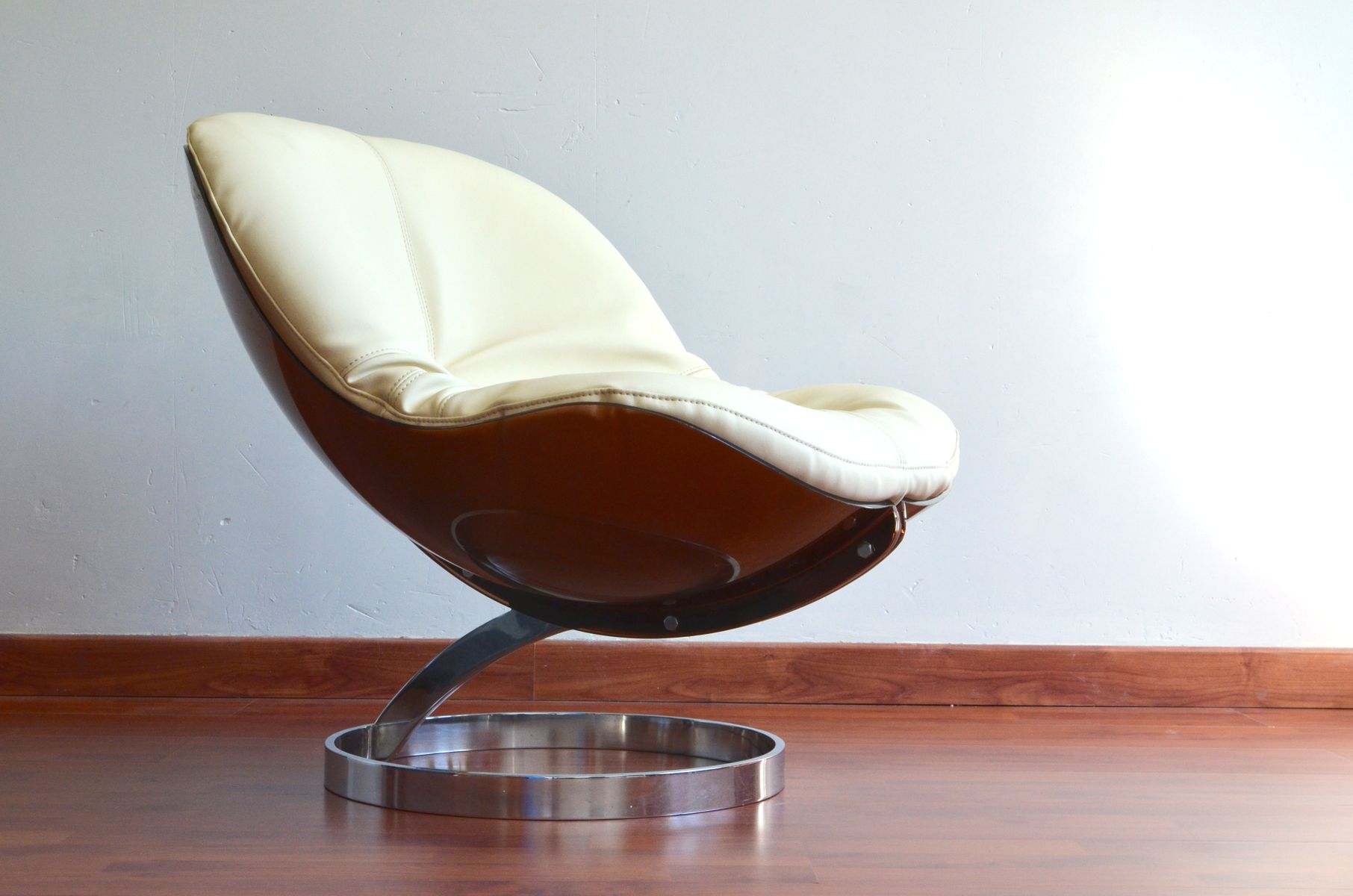 Sphere Lounge Chair by Boris Tabacoff for MMM for sale at