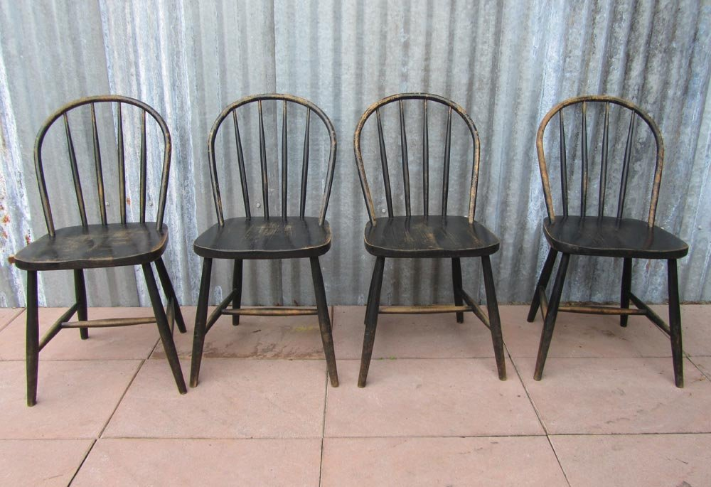 vintage wooden bowback dining chairs set of 4 for sale at pamono. Black Bedroom Furniture Sets. Home Design Ideas