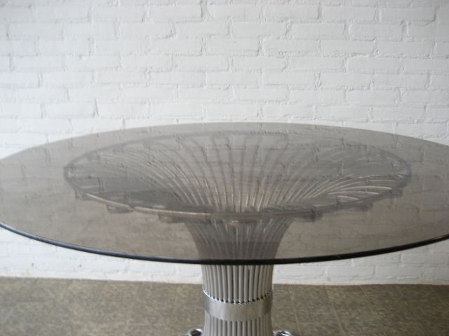Vintage Steel Wire Dining Table 1970s for sale at Pamono : vintage steel wire dining table 1970s 4 from www.pamono.co.uk size 640 x 480 jpeg 27kB