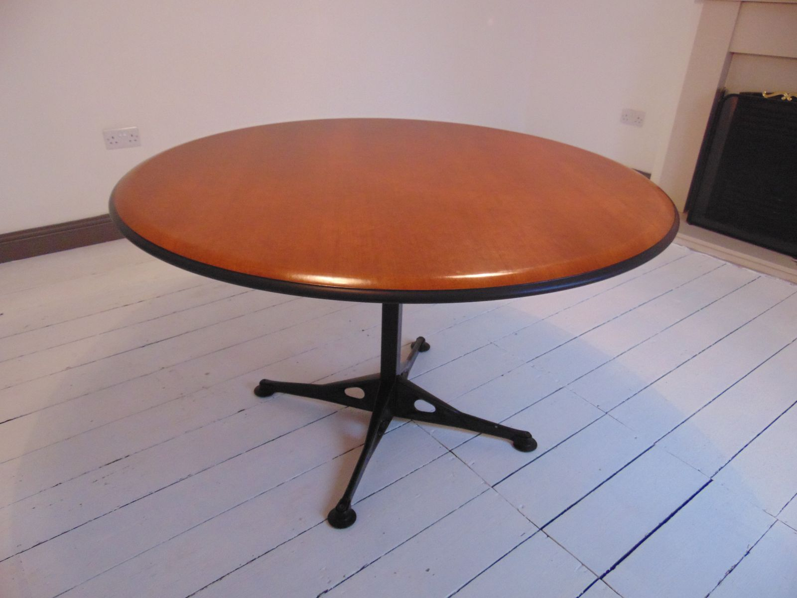 circular cherry wood dining table by geoff hollington for he