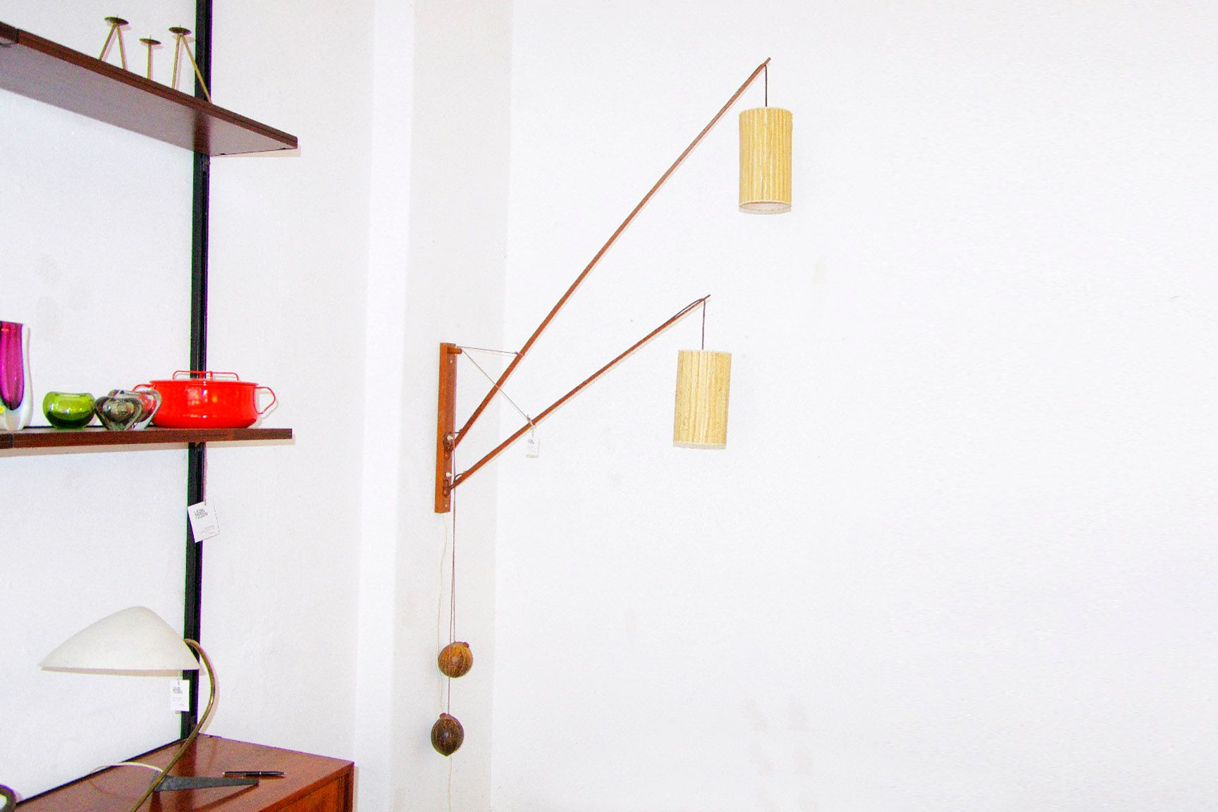 teakholz wandlampe von rupprecht skrip f r skrip leuchten. Black Bedroom Furniture Sets. Home Design Ideas