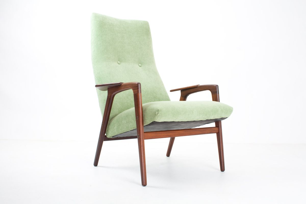Ruster Lounge Chair by Yngve Ekstrom for Swedese for sale at Pamono