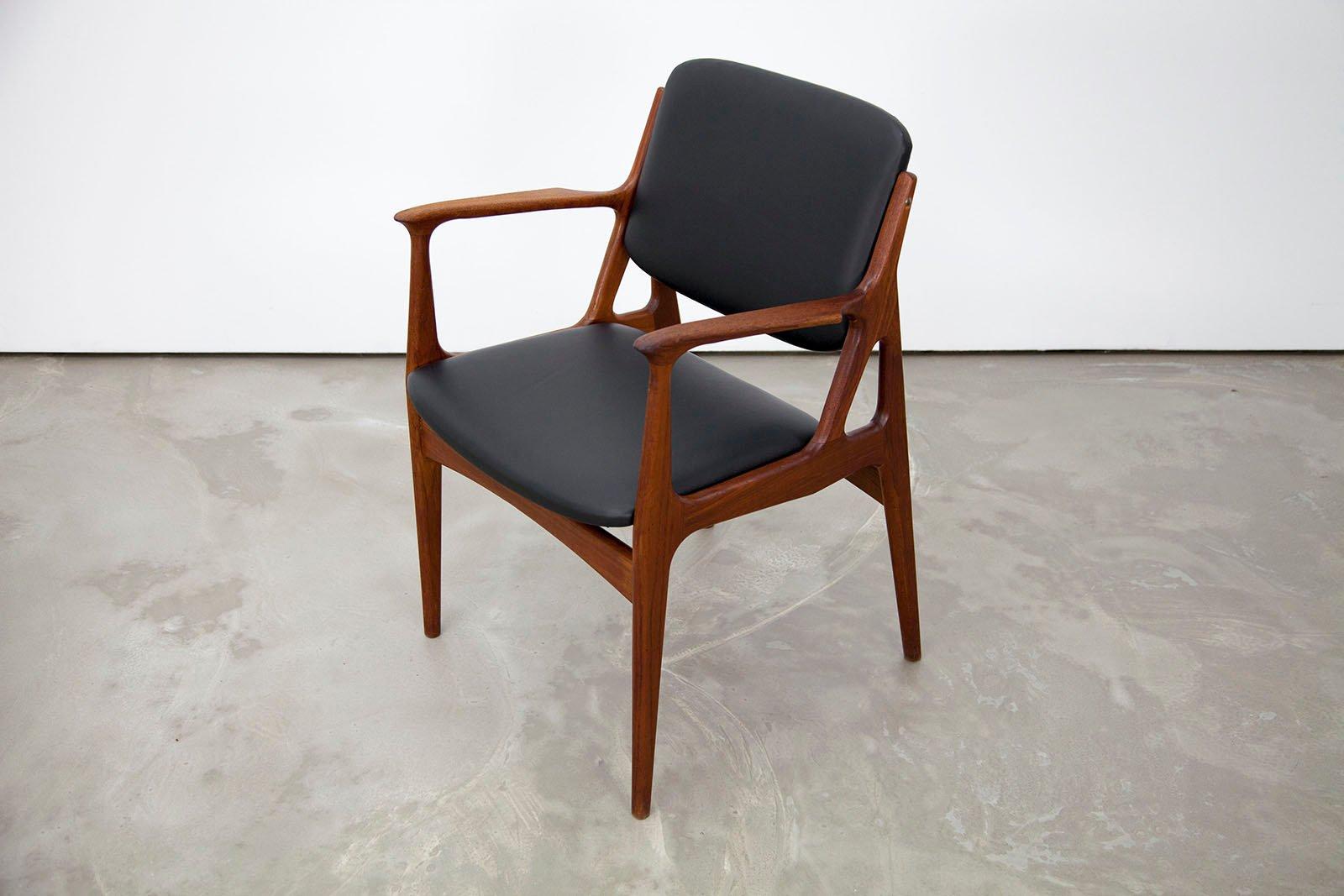 danish modern teak armchair by arne vodder for vamo for sale at pamono